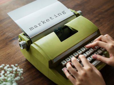 tlumaczenia marketingowe 400x300 - Tłumaczenia marketingowe
