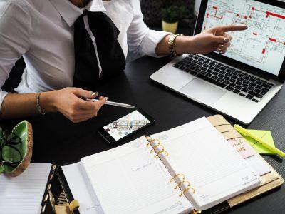 tlumaczenia dokumentow finansowych 400x300 - Tłumaczenia dokumentów finansowych