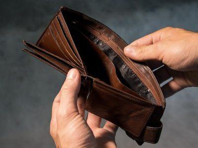 ile zarabia tlumacz przysiegly 400x300 - Ile zarabia tłumacz przysięgły ?