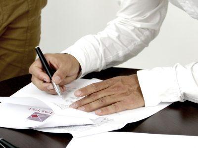 tlumaczenie dokumentow na angielski 400x300 - Tłumaczenie dokumentów na angielski