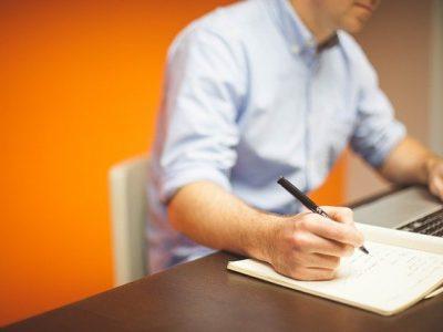 tlumaczenia pism urzedowych 400x300 - Tłumaczenia pism urzędowych